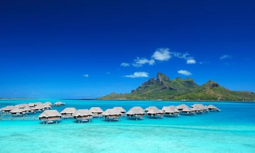 . Four Seasons Resort Bora Bora
