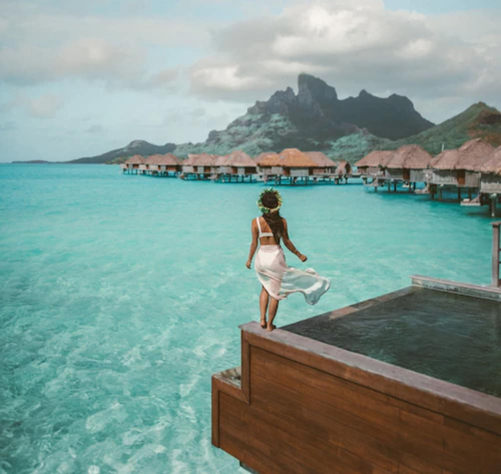 https://i.travelapi.com/hotels/2000000/1870000/1867200/1867106/9d5e092b_z.jpg