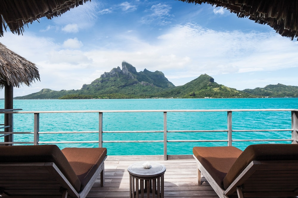 https://i.travelapi.com/hotels/2000000/1870000/1867200/1867106/a03be334_z.jpg