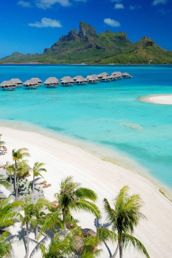 https://i.travelapi.com/hotels/2000000/1870000/1867200/1867106/e9b56b98_z.jpg