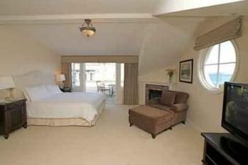 The Magnolia Room