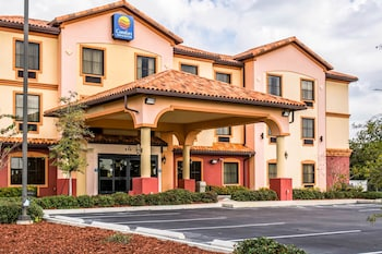 Hotel - Comfort Inn & Suites Northeast - Gateway