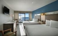 Standard Room, 2 Double Beds, Kitchenette, Oceanfront at Captain's Quarters Resort in Myrtle Beach