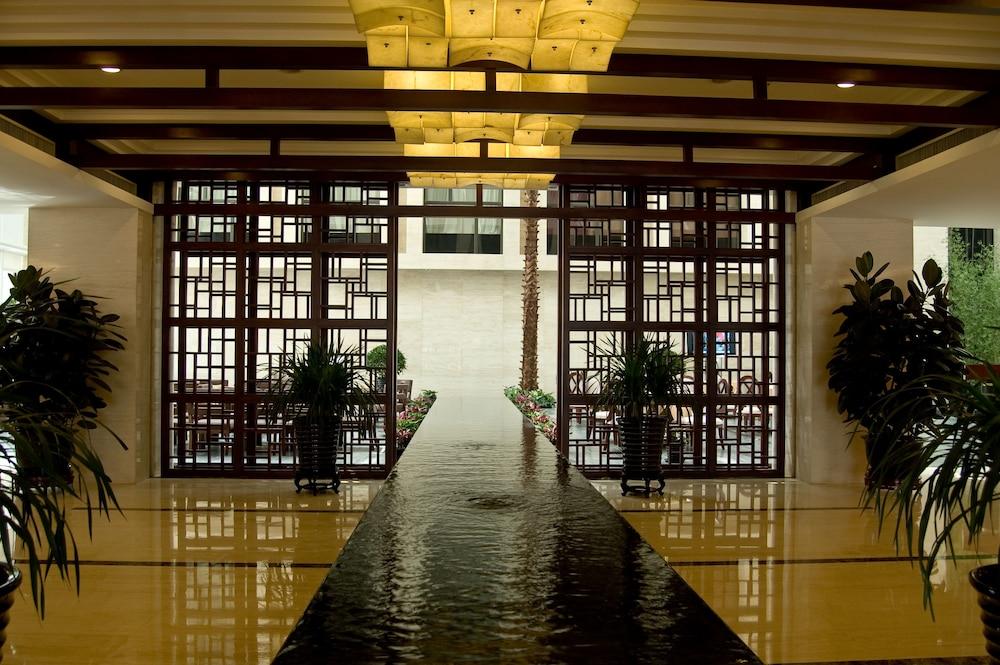 メルキュール ワンシャン 北京 (北京万商美居酒店)