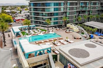 Hotel - W Scottsdale