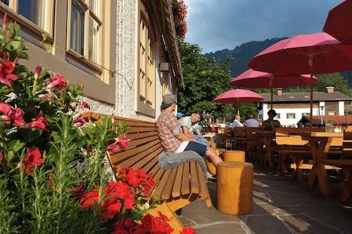 . Alpenrose Bayrischzell Hotel & Restaurant