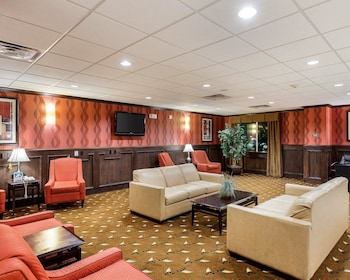 Lobby at Comfort Suites Plano East - Richardson in Plano