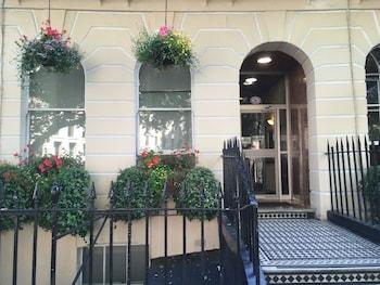 ジョージ ホテル