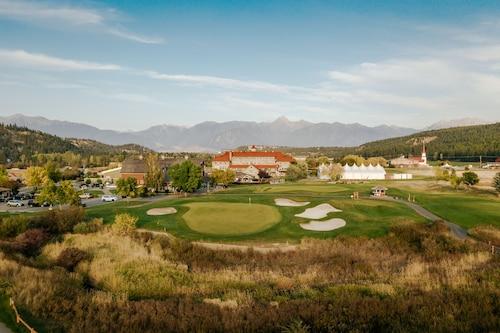 . St. Eugene Golf Resort & Casino
