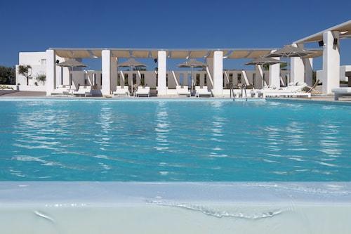. Archipelagos Resort Hotel