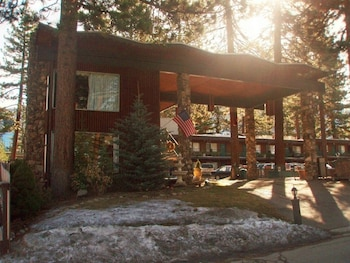 Hotel - Lake Tahoe Ambassador Lodge