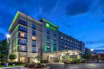 洛磯山 US 64 假日飯店 Holiday Inn Rocky Mount - US 64, an IHG Hotel