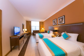 Junior Suite With Two Twin Beds
