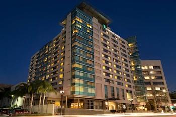 洛杉磯格倫代爾大使館套房飯店 Embassy Suites Los Angeles - Glendale