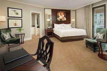 Room, 1 King Bed, Terrace (Buckhead)