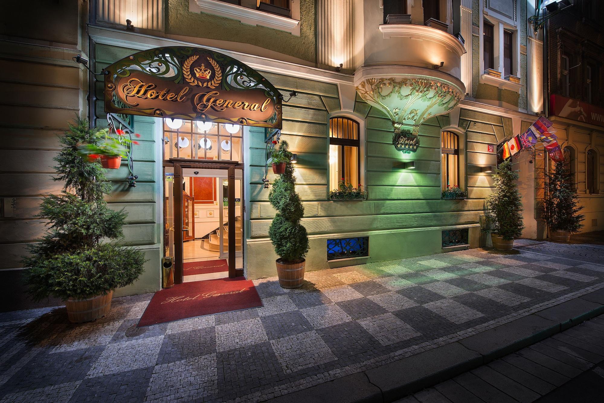 Hotel General, Praha 5