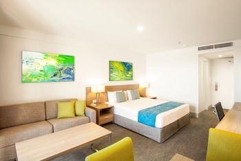 Guestroom at Metro Aspire Hotel, Sydney in Ultimo