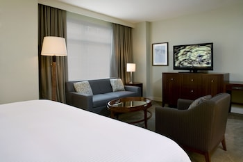 Guestroom at The Westin Reston Heights in Reston