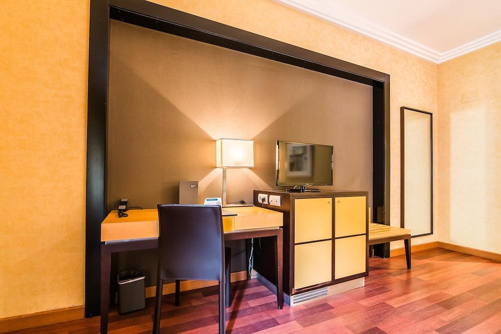 AC Hotel Almería by Marriott