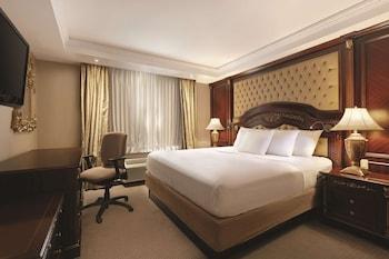 Studio Suite, 1 King Bed, Non Smoking (1 bedroom)