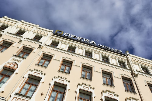 . Opera Hotel