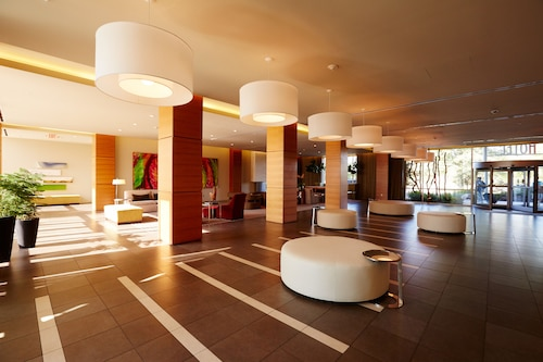 I Hotel And Conference Center, Champaign