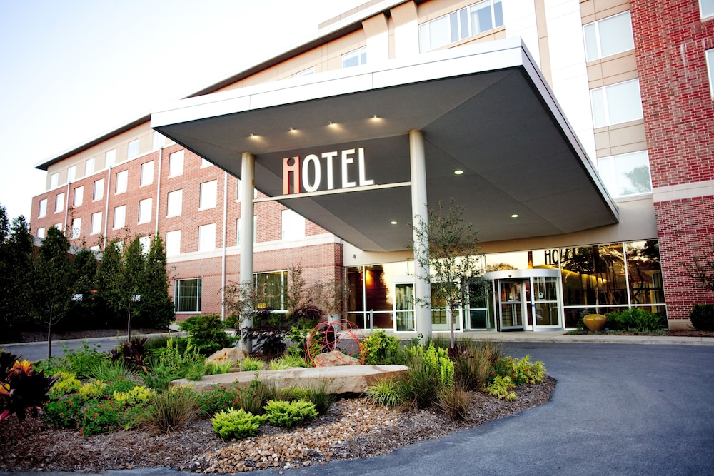 Photo of the iHotel Conference Center