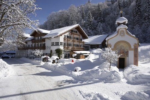 __{offers.Best_flights}__ Berghotel Hammersbach