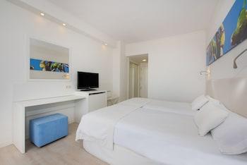 Basic İki Ayrı Yataklı Oda