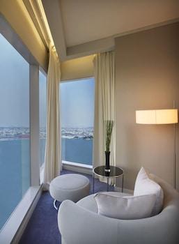 Cool Corner Suite, Junior Suite, 1 Bedroom, Sea View, Corner