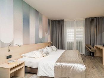 Comfort Tek Büyük Yataklı Oda, Balkon, Deniz Manzaralı