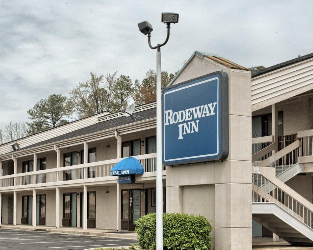 로드웨이 인(Rodeway Inn) Hotel Image 26 - Exterior