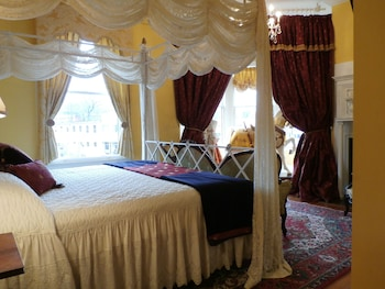 Royal Double Room, Ensuite (Camelot Room)