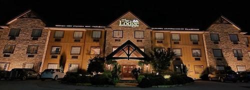 . The Lodge at Flat Rock