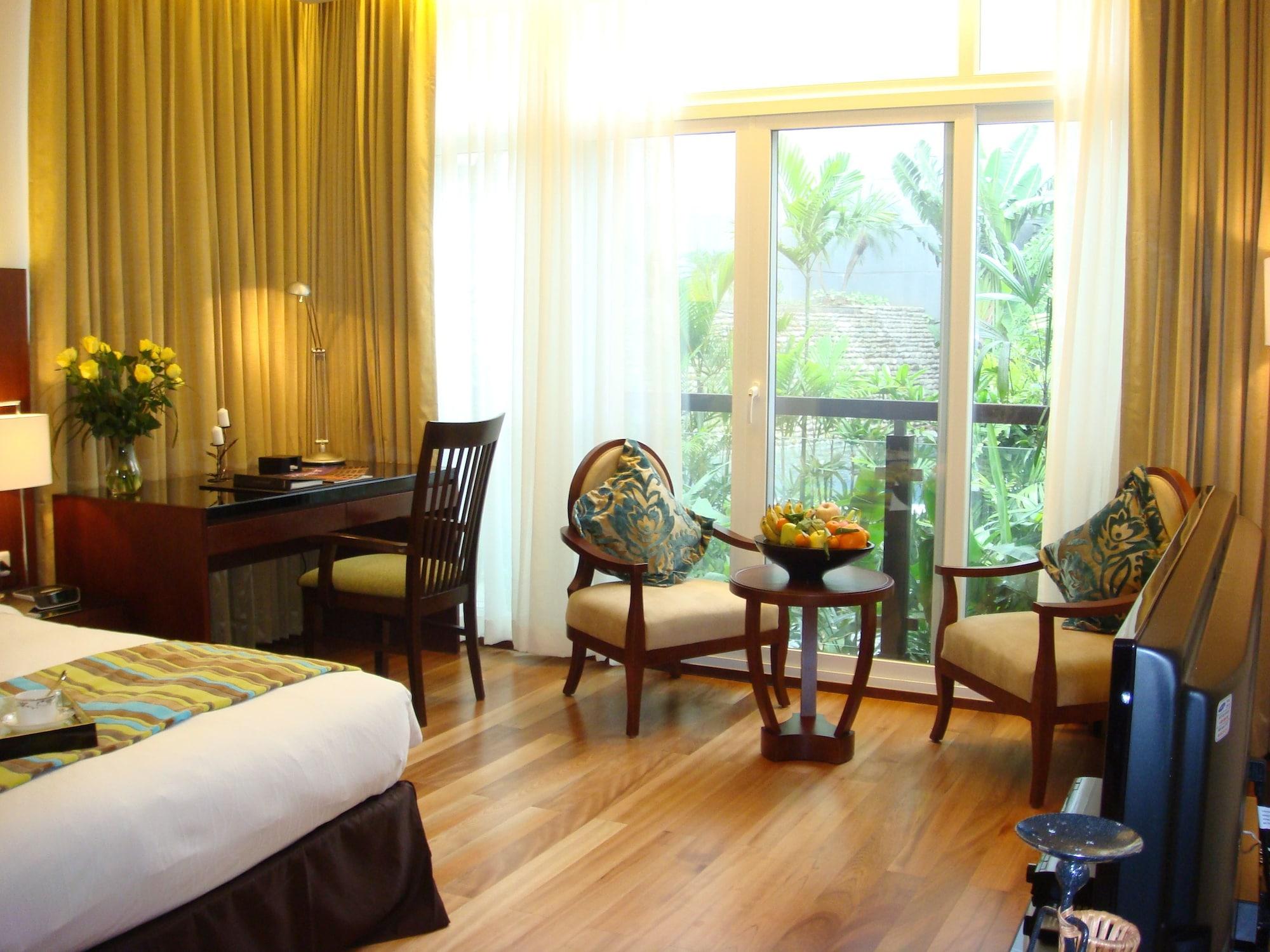 Fraser Suites Hanoi, Tây Hồ