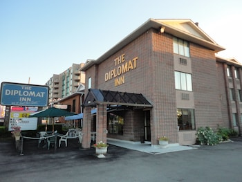 Hotel - Diplomat Inn
