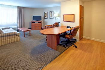 Suite, 1 Bedroom, Non Smoking (Wheelchair)