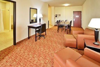 Holiday Inn Express Denison North-Lake Texoma