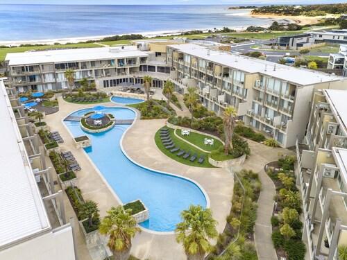 . Wyndham Resort Torquay