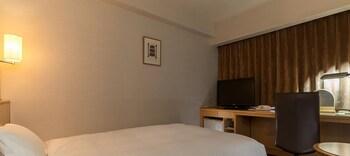 デラックス シングルルームダブルサイズベッド 1 台|ダイワロイネットホテル 秋田