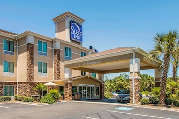 Exterior at Sleep Inn And Suites Pooler in Pooler