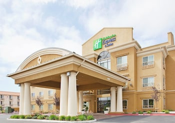 Hotel - Holiday Inn Express & Suites Salinas
