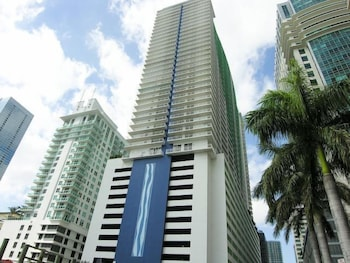 Executive Corporate Rental at (The Club At Brickell Bay)