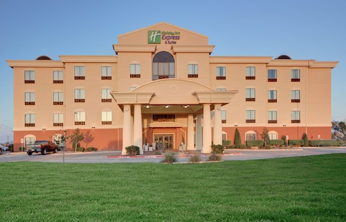 . Holiday Inn Express & Suites Altus