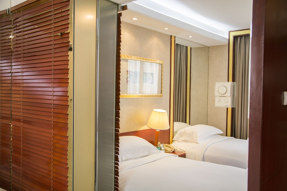 머큐어 온 렌민 스퀘어 시안(Mercure on Renmin Square Xian) Hotel Image 11 - Guestroom
