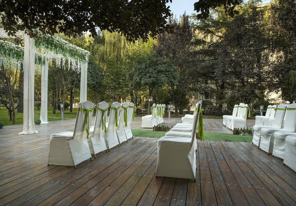 머큐어 온 렌민 스퀘어 시안(Mercure on Renmin Square Xian) Hotel Image 37 - Outdoor Wedding Area