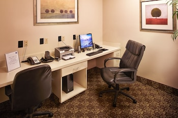 Comfort Inn & Suites - Business Center  - #0
