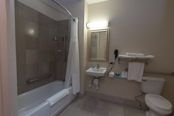 Suite, 2 Queen Beds, Accessible (Hearing, Mobility Tub)
