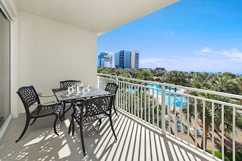 Sterling Shores 317 - 2 Br condo by RedAwning