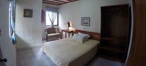 LA PEREGRINA BED & BREAKFAST, Santa Cruz